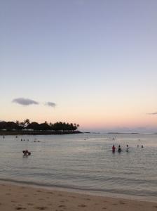 HawaiiDawnBathers2014-03-12 06.43.00